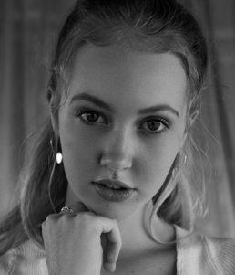 Ella Richards